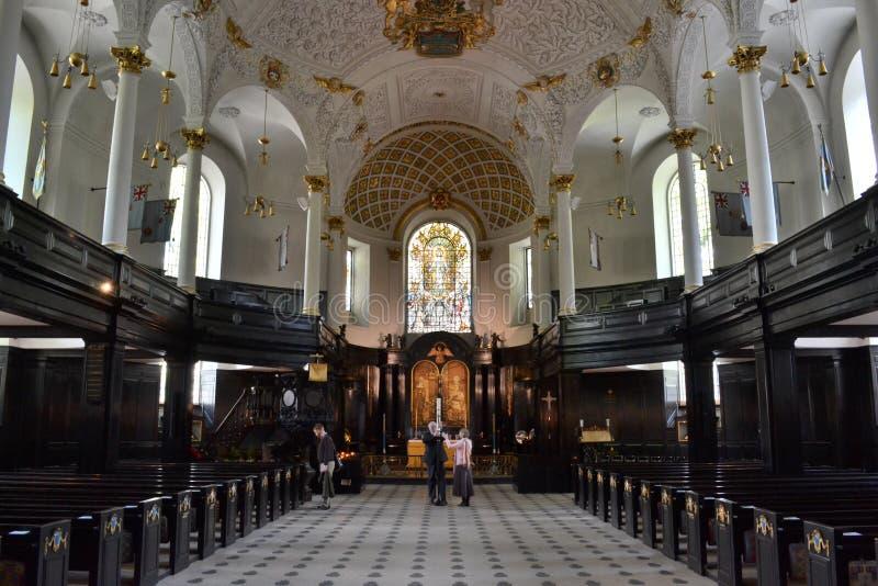 St Clement Danes Church London images stock