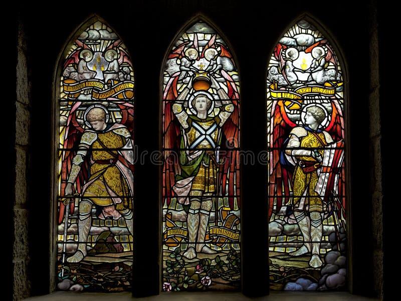 St Conan Kirk, Kerk van Schotland, wordt gevestigd in de parochie van Loch Ontzag, Argyll en Bute, Schotland Bevlekte glas royalty-vrije stock foto