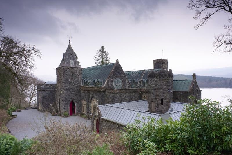 St Conans Kirk in Loch Ontzag, Argyll en Bute, Schotland wordt gevestigd dat stock foto's