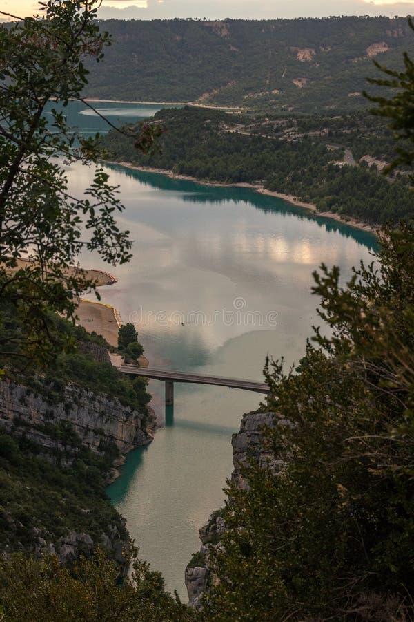 St Croix jezioro w wąwozie Du Verdon, Provence, Francja obrazy royalty free