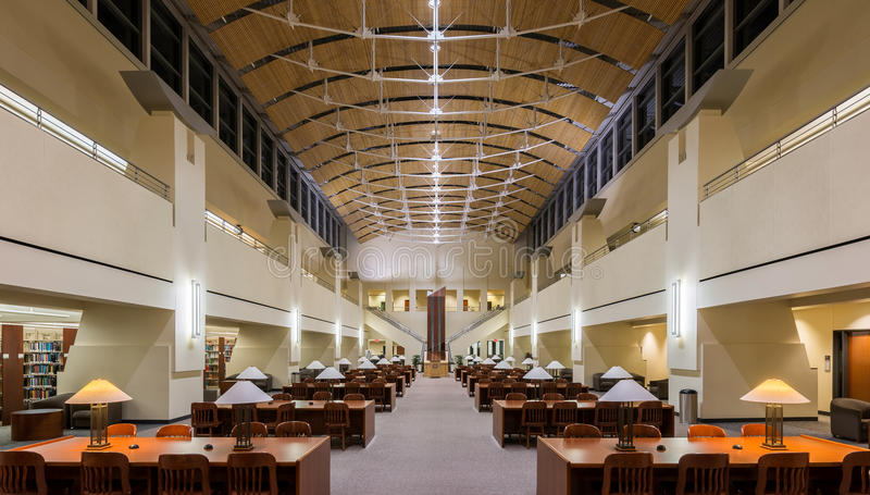 St de Bibliotheek van de Wolkenstaat royalty-vrije stock foto's