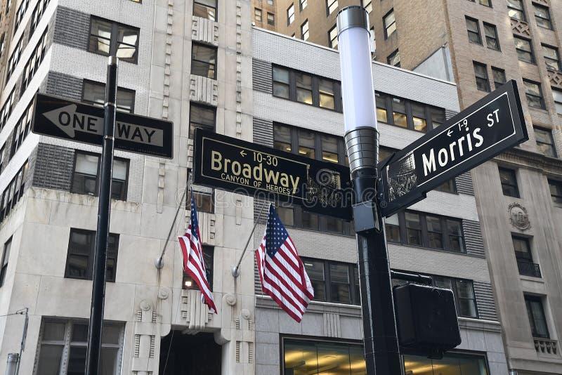 ST DE BROADWAY Y DE MORRIS EN NUEVA YORK imágenes de archivo libres de regalías