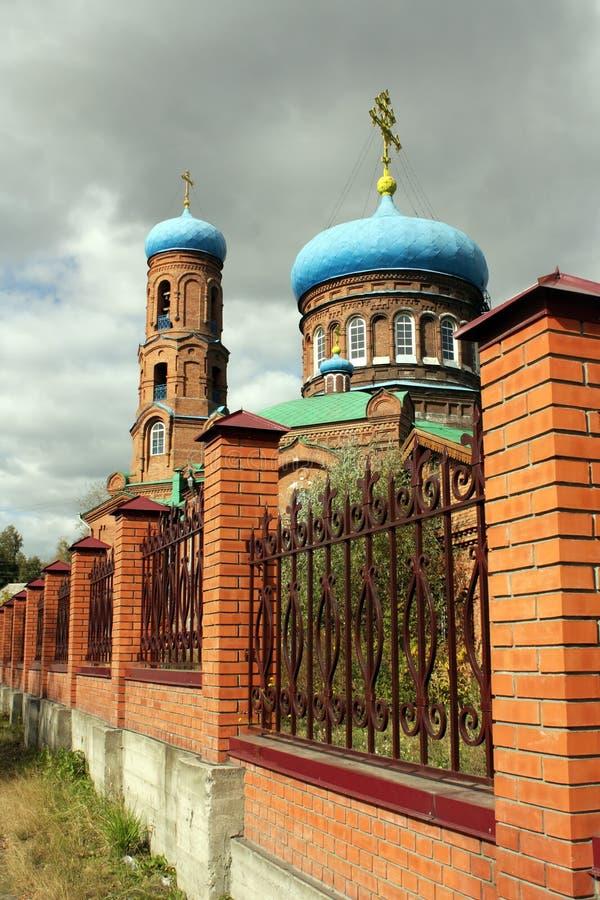 St. de Kathedraal van het basilicum in Barnaul royalty-vrije stock foto