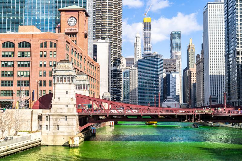 St de teinture ?Partick Day de Chicago de rivi?re photographie stock