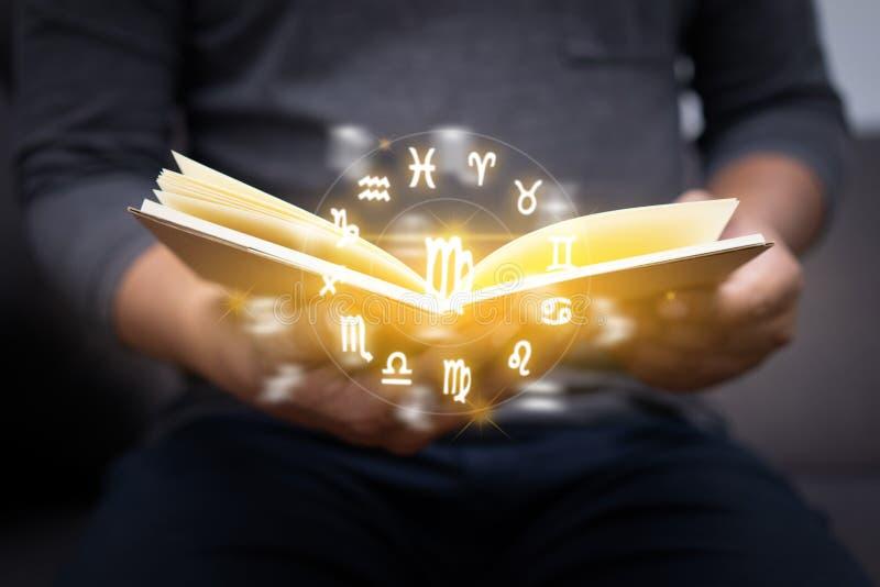 St di mito del segno di fortuna dello zodiaco dell'oroscopo dello zodiaco di astrologia dell'oroscopo fotografie stock libere da diritti
