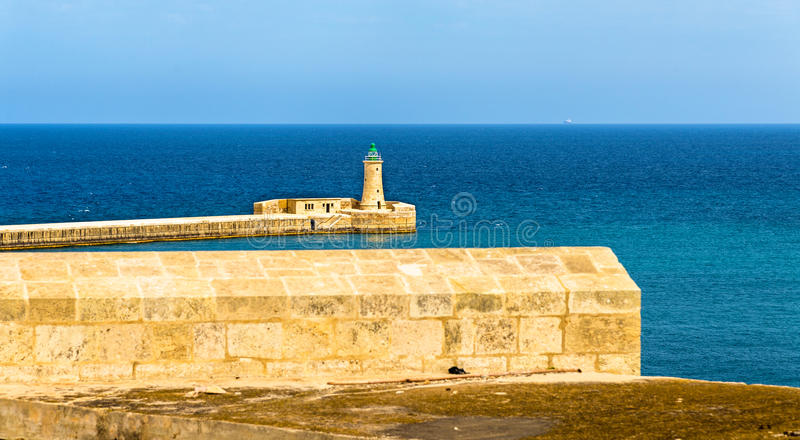 St Elmo Lighthouse vicino a La Valletta fotografia stock libera da diritti