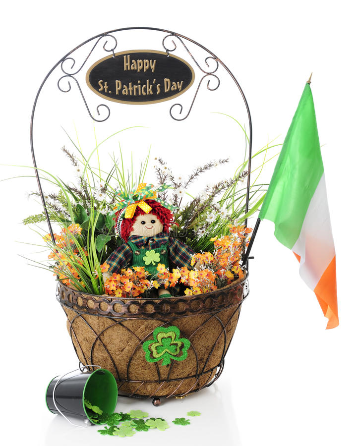 St feliz Patrick Day Basket fotos de stock royalty free