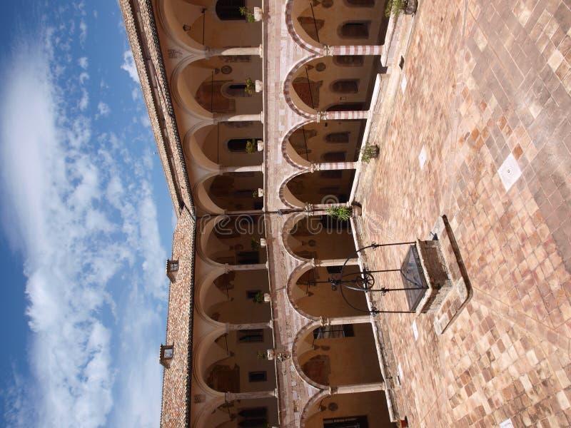 st francis Италии монастыря базилики assisi стоковая фотография