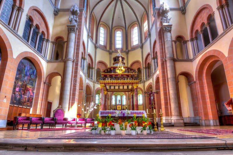 St Francis del interior de la iglesia de Assisi, Viena, Austria imagen de archivo libre de regalías