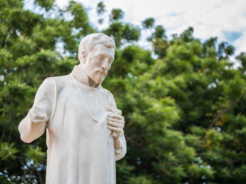 St Francis Xavier standbeeld voor de ruïnes van St Paul Chu royalty-vrije stock foto