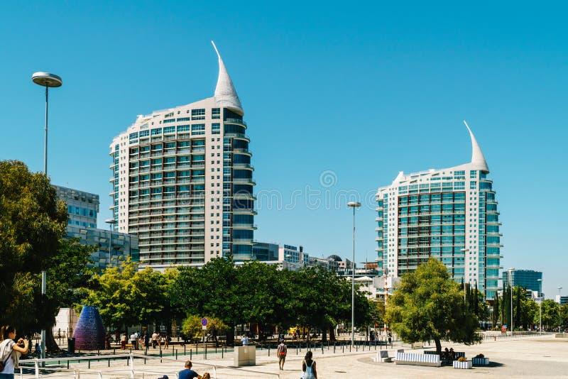St Gabriel et saint Rafael Twin Towers à Lisbonne photographie stock