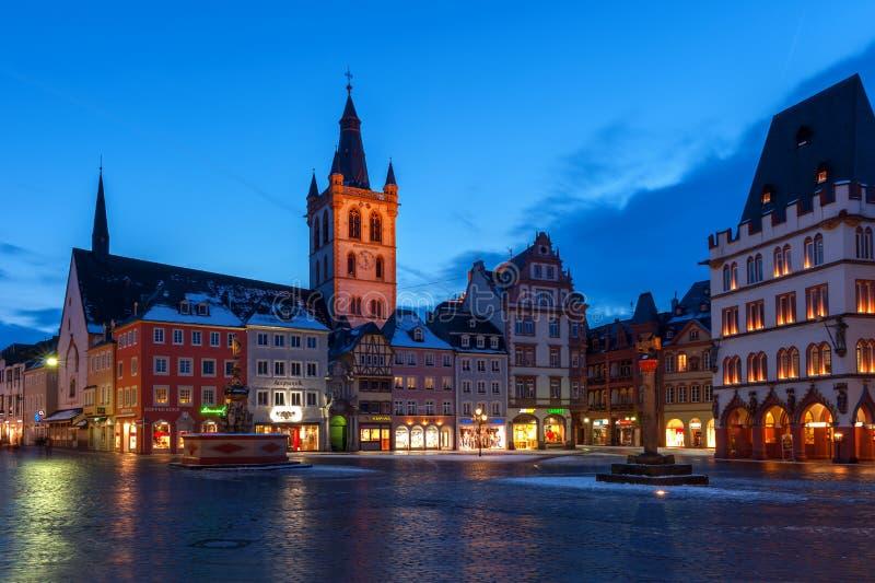 St Galgolf教会在实验者的,德国集市广场 库存图片