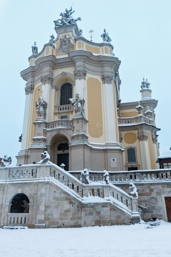 St. George Cathedral Winter des frühen Morgens in Lemberg, Ukraine lizenzfreie stockfotografie