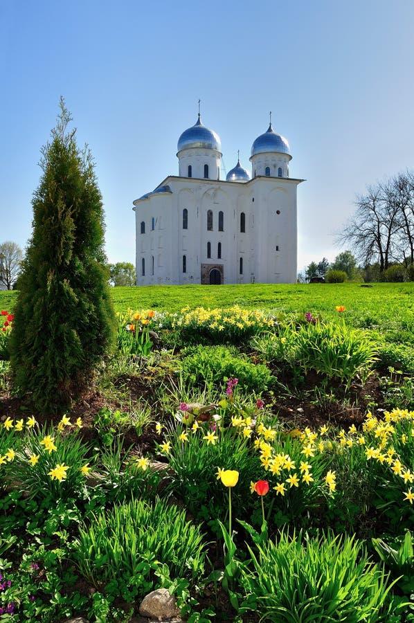 St George Kathedraal in Yuriev-Klooster in Veliky Novgorod, Rusland stock foto's