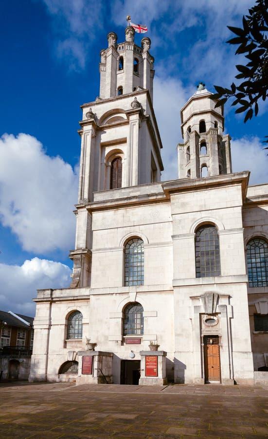 St George nei Docklands orientali Londra Regno Unito di Wapping Londra della chiesa immagini stock