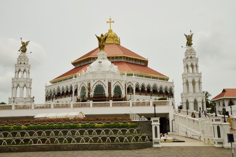 St- George` s Syro Malabar Forane Kirche, Edapally, Kerala, Indien stockfoto