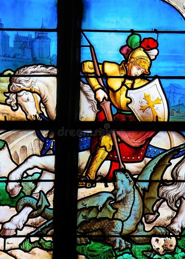 St George som dräpar draken arkivfoton