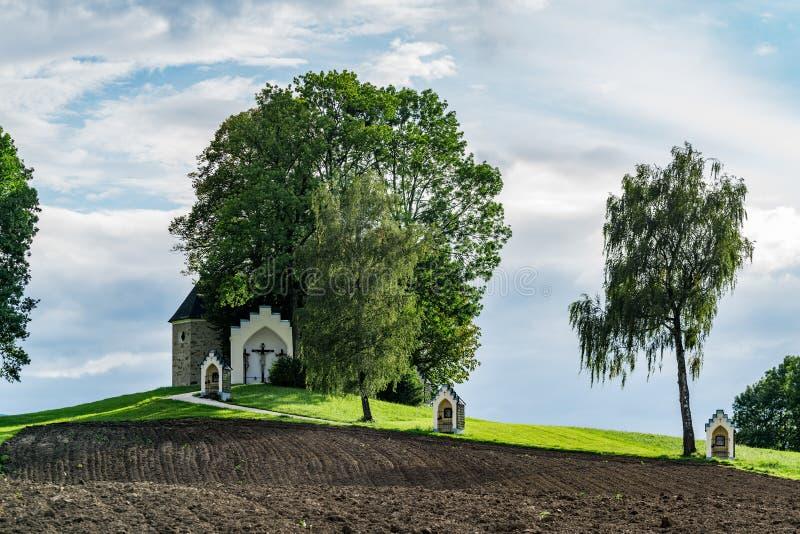 ST GEORGEN, ВЕРХНЯЯ АВСТРИЯ /AUSTRIA - 15-ОЕ СЕНТЯБРЯ: Голгофа Chur стоковое изображение rf