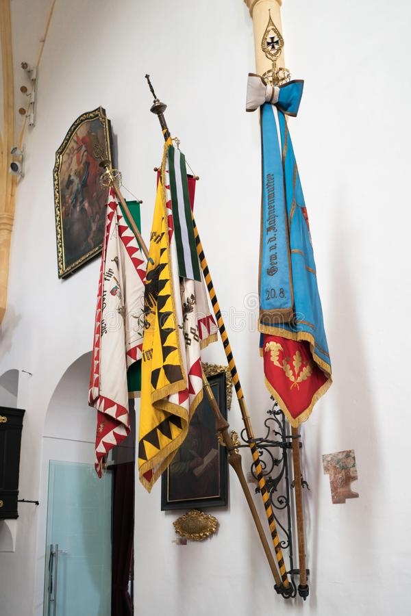 ST GEORGEN, ВЕРХНЯЯ АВСТРИЯ /AUSTRIA - 18-ОЕ СЕНТЯБРЯ: Флаги в стоковая фотография rf