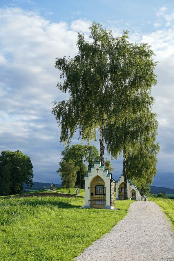 ST GEORGEN, BOVEN-OOSTENRIJK /AUSTRIA - 15 SEPTEMBER: Calvary Chur royalty-vrije stock afbeeldingen