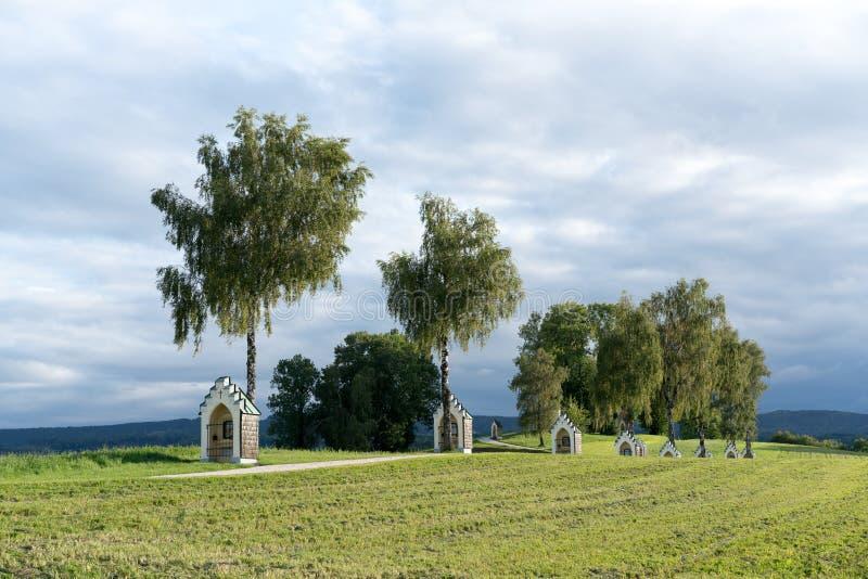 St GEORGEN, HAUTE-AUTRICHE /AUSTRIA - 15 SEPTEMBRE : Calvaire Chur images libres de droits