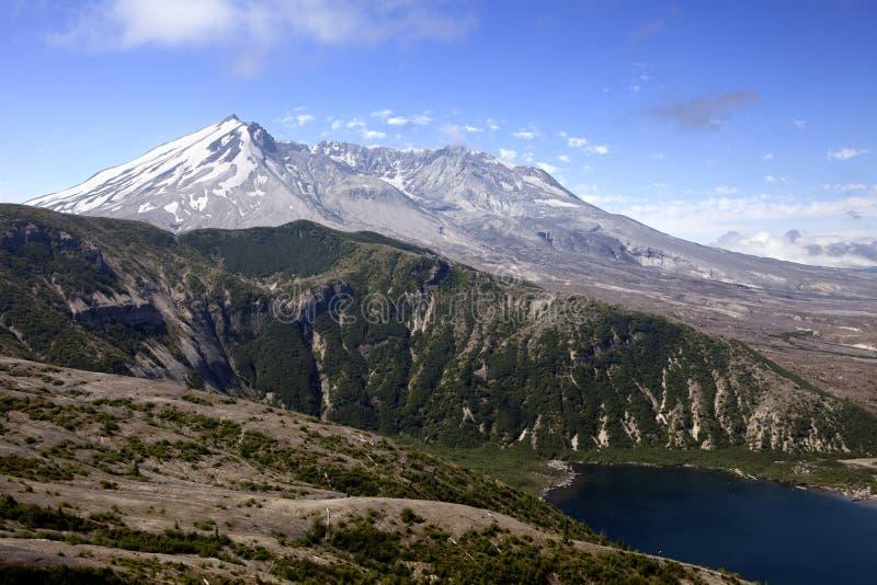 St. Helens e lago do Mt. spirit imagens de stock