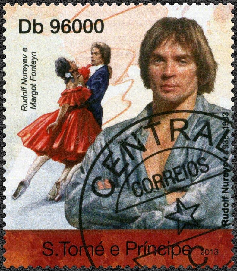 ST ISLAS THOMAS Y PRÍNCIPE - 2013: Muestra a Rudolf Khametovich Nureyev 1938-1993 y Dame Margot Fonteyn 1919-1991 imagenes de archivo