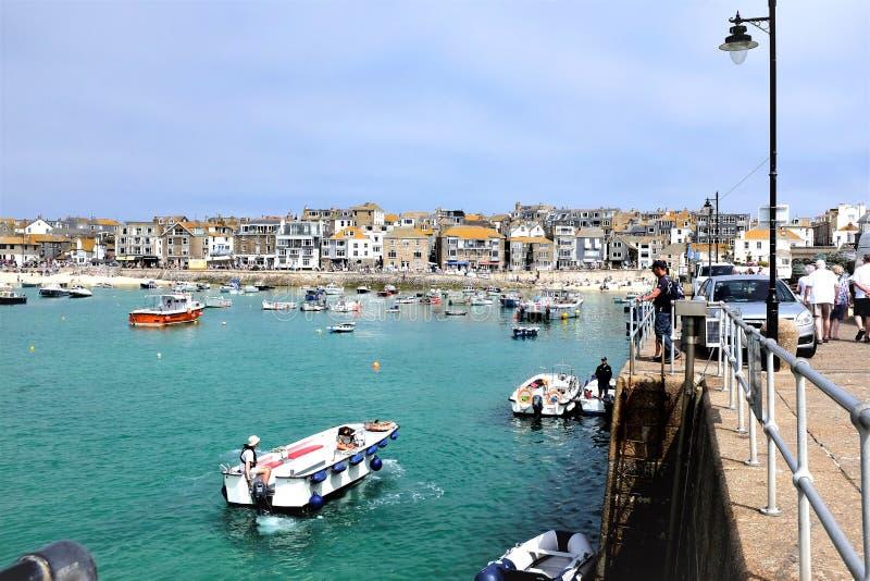 St Ives haven en stad, Cornwall, het UK stock afbeelding