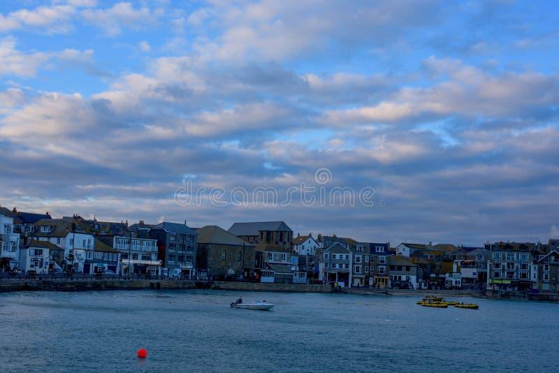 St Ives kuststad, Cownwall, het UK, 10 Nov. 2018 stock afbeeldingen