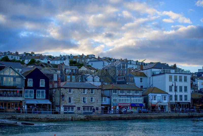 St Ives kuststad, Cownwall, het UK, 10 Nov. 2018 stock fotografie
