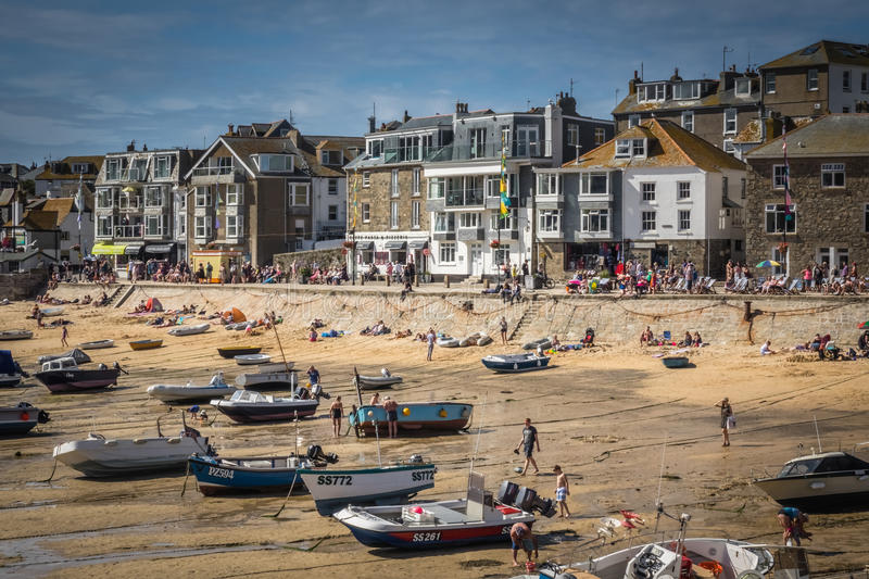 St Ives strand at low tide stock foto