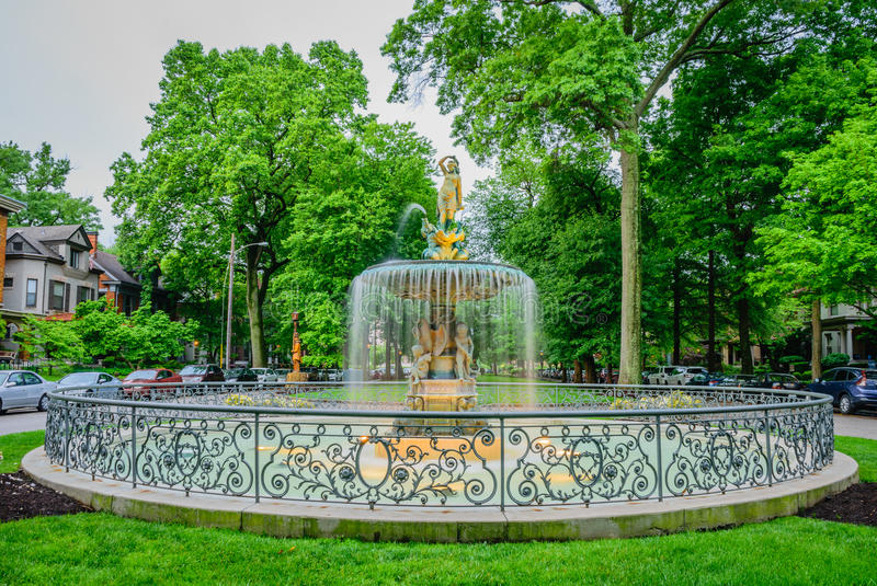 St James Court Fountain Louisville Kentucky foto de archivo