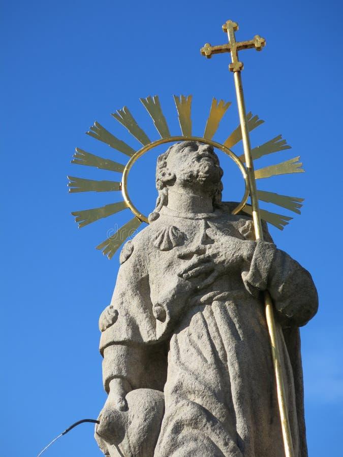 St James staty i den Pelhrimov Tjeckien royaltyfria foton