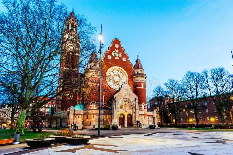 St John kościół przy nocą St John kościół jest kościół lokalizować w Innerstaden okręgu Malmo, Szwecja fotografia stock