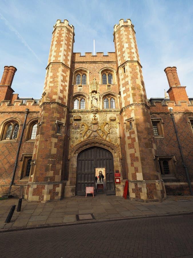 St John ` s Universiteit in Cambridge stock foto's