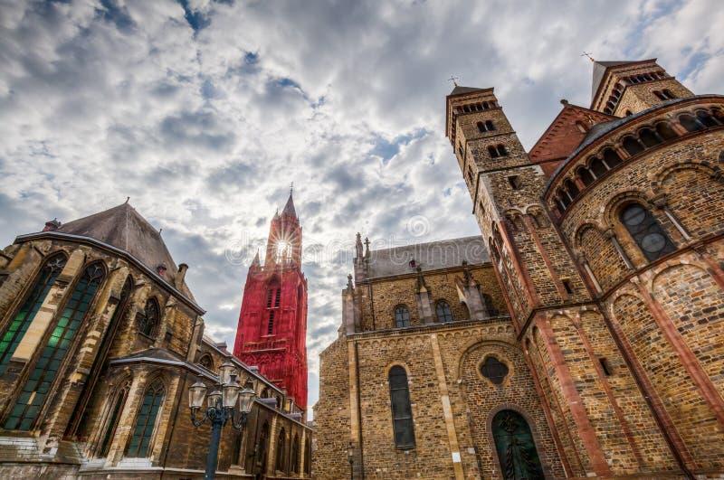 St. Johns и St Servatius в Маастрихте стоковые фотографии rf