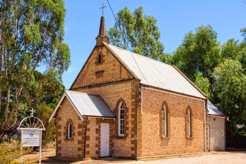 St Kastanjebruin John Lutheran Church - stock fotografie