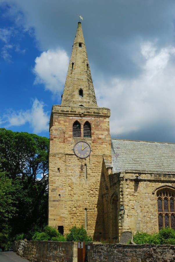 St Lawrance iglica przy Warkworth i kościół obraz stock