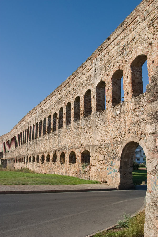 Download St Lazar Di Merida (Emerita Augusta) Immagine Stock - Immagine di romano, acqua: 7315119