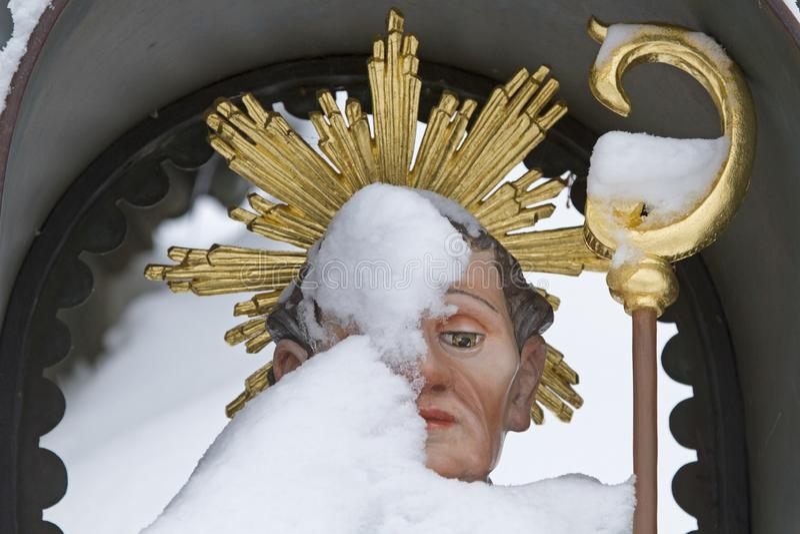 St Leonhard en invierno imagen de archivo