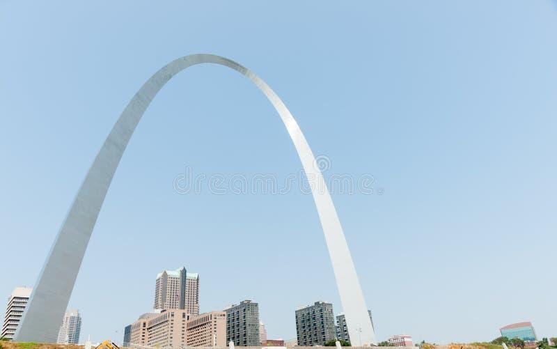 St. Louis, architettura ed arco famoso, Missouri, U.S.A. fotografie stock