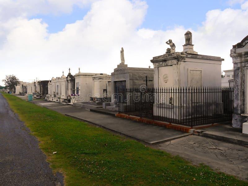 St Louis Cemetery #1, Één van de bovengenoemde grondbegraafplaatsen in New Orleans Louisiane de V.S. stock afbeeldingen