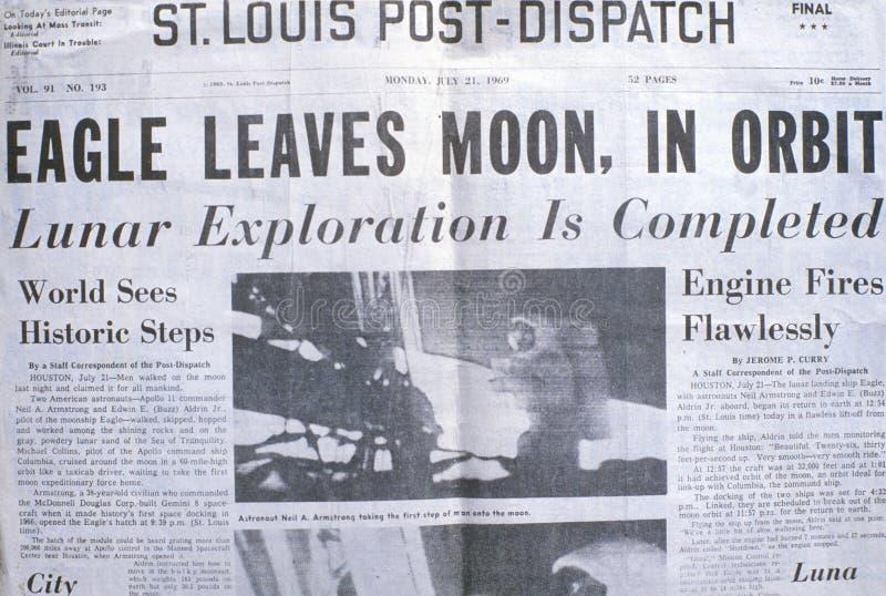 St Louis ekspedyci gazeta wystawia Apollo 11 księżyc misję, Lipiec 21, 1969 zdjęcie stock