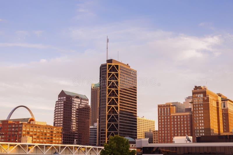St. Louis, Missouri - vista de la ciudad fotografía de archivo