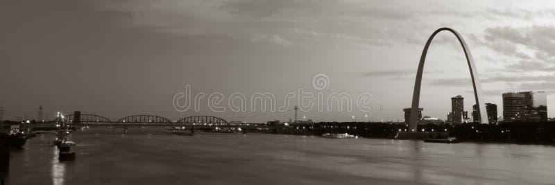 St Louis panoramique modifié la tonalité photographie stock libre de droits