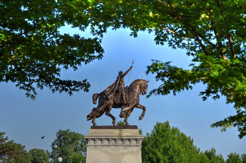 St Louis Statue imagenes de archivo