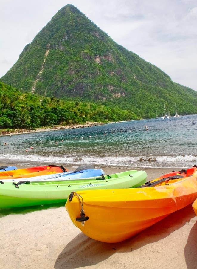 St. Lucia - Kayaking de Rotshaken royalty-vrije stock foto