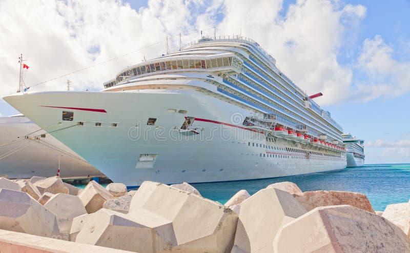 St Maarten della nave da crociera, caraibico fotografie stock libere da diritti