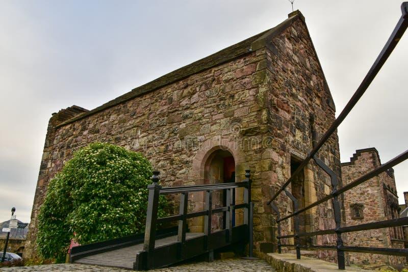 St Margaret ` s kaplica stary budynek w Edynburg, Edynburg kasztel obraz royalty free