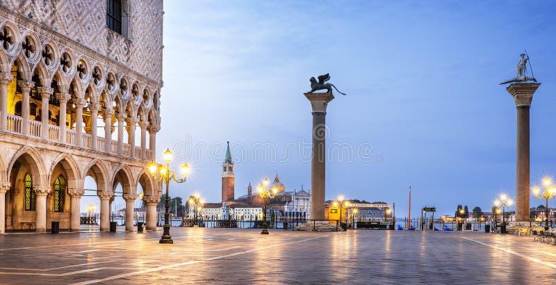 St Mark fyrkant Venedig royaltyfri foto